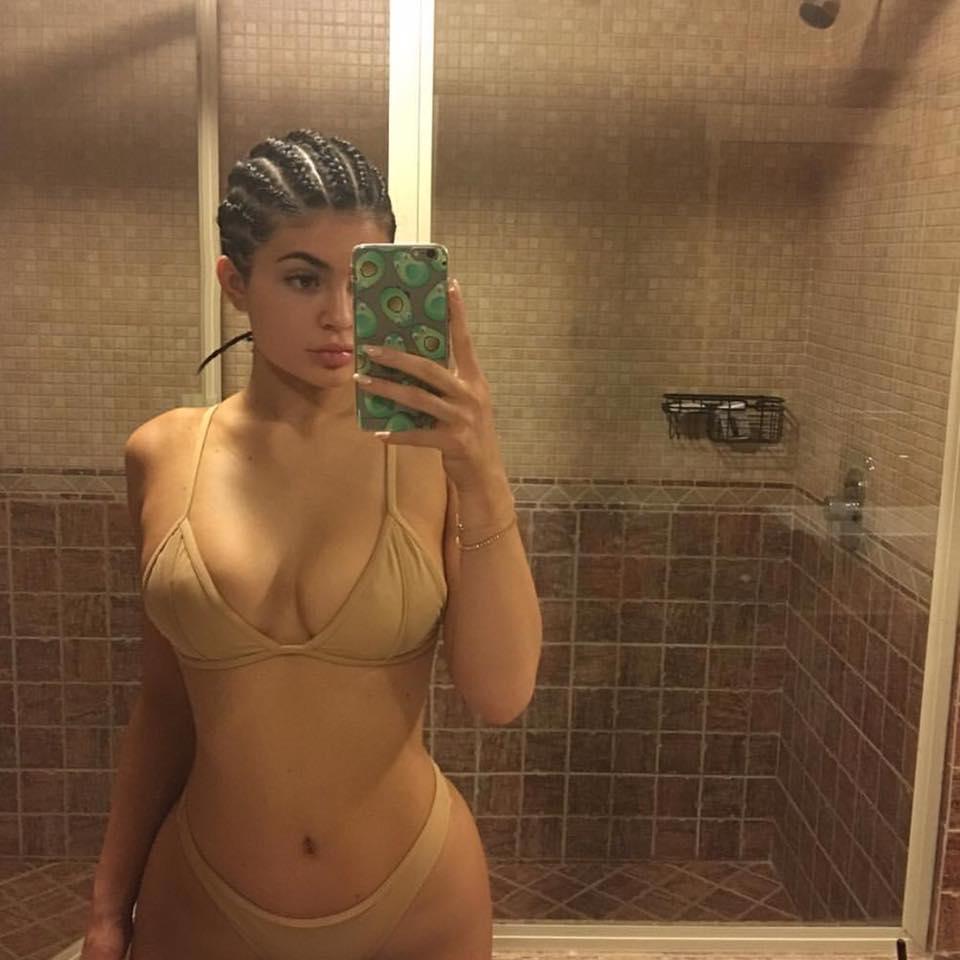 Kylie Jenner2