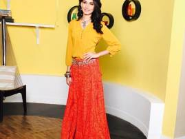 Aneri Vajani reveals her look for