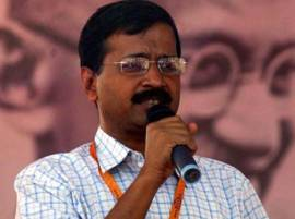 Kejriwal takes a dig at BJP over Gurugram traffic jam
