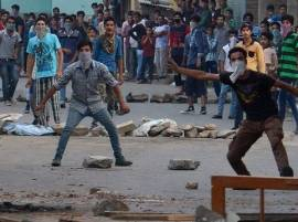 As curfew lifts from Kashmir, fresh violence kills teenager
