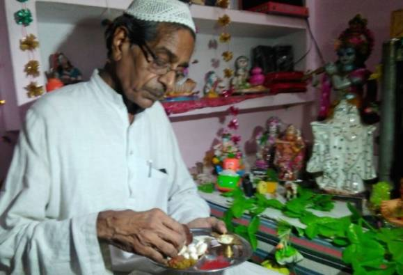 Muslim family celebrating Janmashtami for 29 yrs