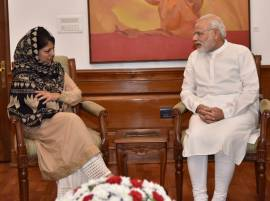 Pakistan openly provoking & and fuelling tensions in Kashmir: Mehbooba Mufti