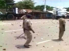 One killed, 13 injured in mob-police clash in Bengal