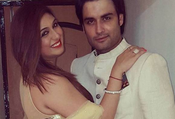 Oh No! Vivian Dsena and Vahbbiz Dorabjee heading for a DIVORCE?