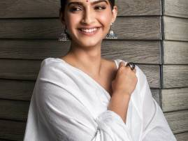 WHOA: Is Sonam Kapoor DATING this handsome businessman from Delhi?