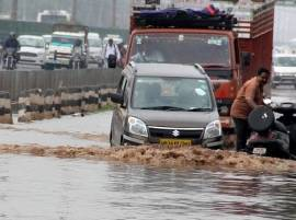 Live: Heavy rains in Delhi-NCR, traffic crawls