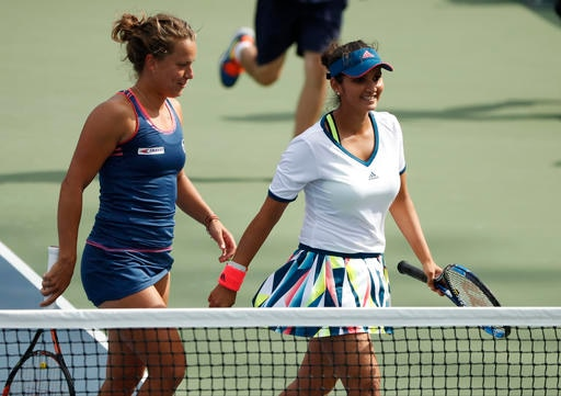 US Open 2016: Sania Mirza-Barbara Strycova sail into quarter-final