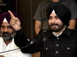 Sidhu invokes Punjabiyat, rips into outsider Kejriwal