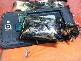 Chennai: Samsung Note 2 smartphone catches fire in an Indigo flight