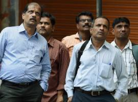 Panic attack: Sensex tanks 465 pts after