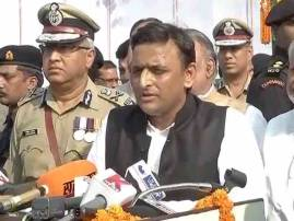 Akhilesh-Shivpal supporters clash ahead of crucial SP meet