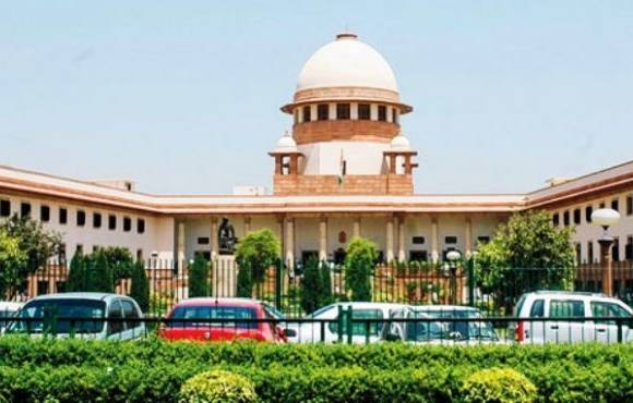 Supreme Court comes down heavily on govt for sitting on judges' appointment
