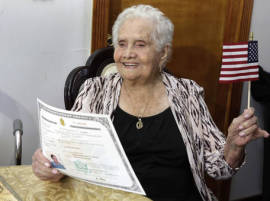99-year-old woman named America happy to become a US citizen