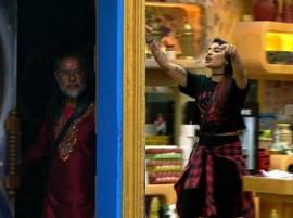 BIGG BOSS 10: SHOCKING! Swami OM is BACK in the house with a NEW LOOK