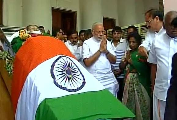 LIVE: Jayalalithaa's funeral set for 4:30 pm; PM Narendra Modi pays his last tributes