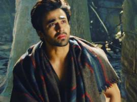 SHOCKING: Pearl V Puri ADMITTTED in hospital after getting ANXIETY ATTACK