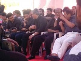 Jallikattu row: Superstar Rajinikanth joins top Tamil actors at protest venue in Chennai