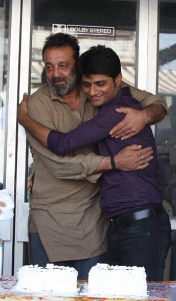 IN PHOTOS: Sanjay Dutt Gets Emotional Over 'Bhoomi' Wrap-up