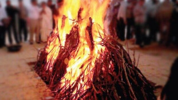 Muslim neighbours cremate Hindu youth as his family was unable to perform last rites