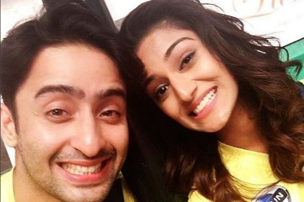 'Kuchh Rang Pyar Ke Aise Bhi' actress Erica Fernandes LASHES OUT at speculations about her personal life !