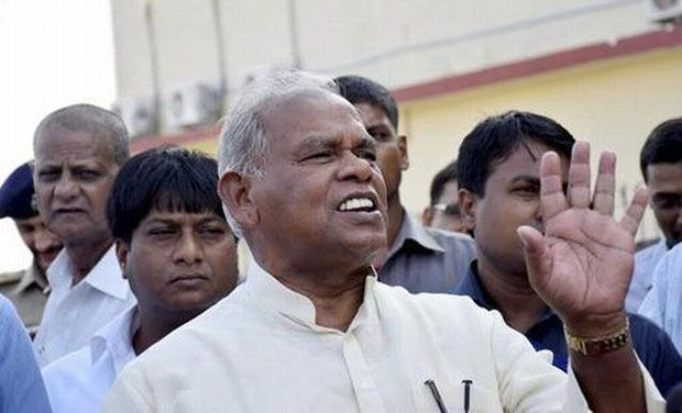 4 Cong MLCs resign to join JD(U); Manjhi moves to Grand Alliance