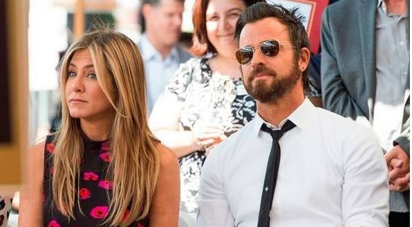 After getting SEPARATED, Is Justin Theroux DATING stylist Chloe Hartstein?