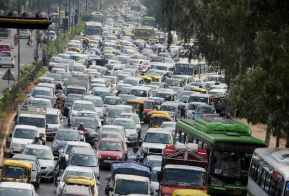 Lone women drivers may be exempted from odd-even formula