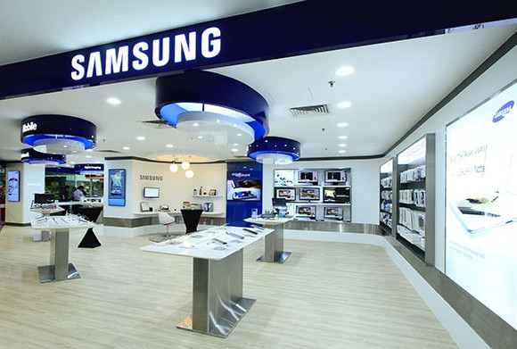Good news: samsung offers discount and cashback on their products