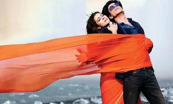 Shah Rukh Khan Film Dilwale's story leak ? claimed by social media