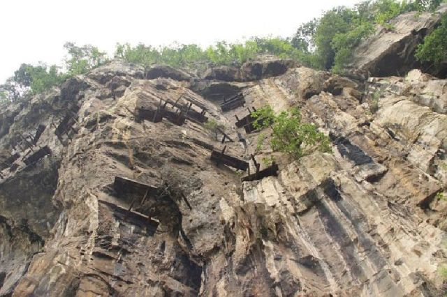 131 hanging coffins found in China
