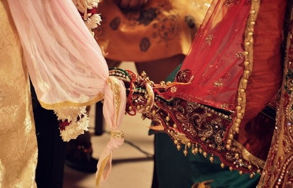Sansani: Bride gets kidnapped and gangraped for 3 days just before marriage