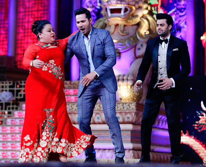 Varun Dhawan in Big Star Entertainment Awards 2015