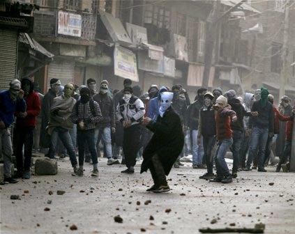 Protesting youths clash with security forces in J&K