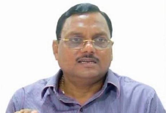 cbi arrest first victim in yadav singh case