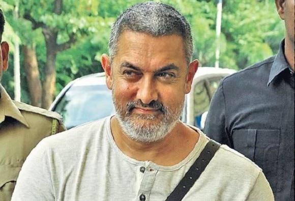 Amir khan praises 'Neerja' trailer
