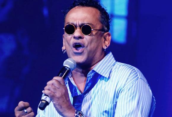 Pop star Remo Fernandes gets summons