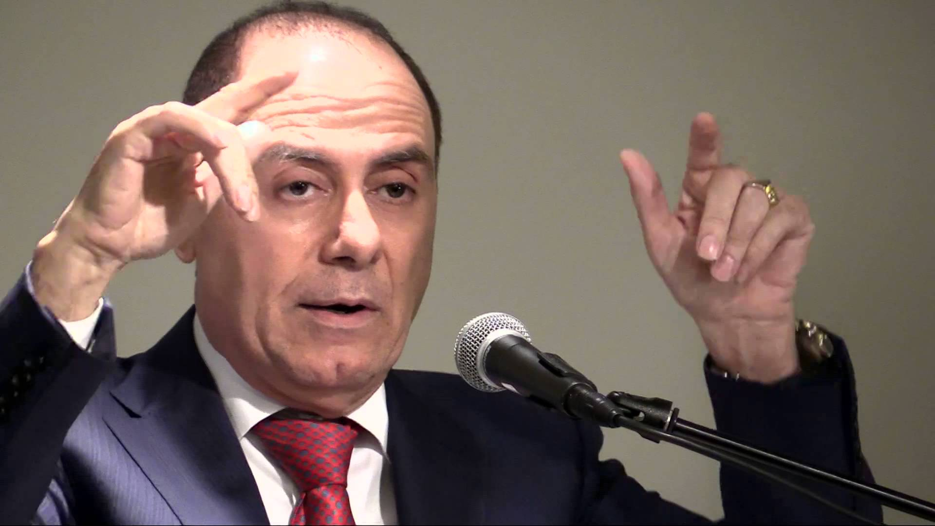 Israel's interior minister Silvan Shalom resigns