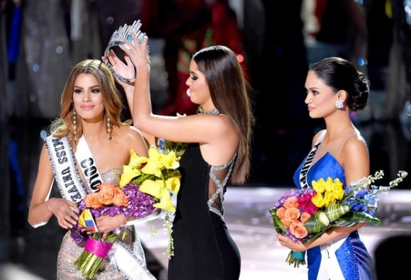 Reactions to Steve Harvey's Miss Universe Mistake