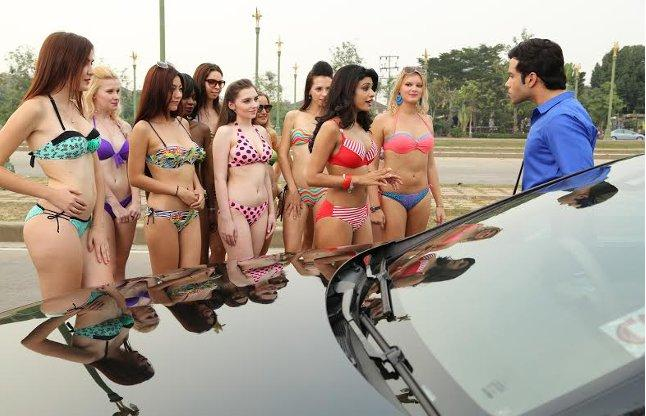 tushar kapoor meets porn stars for his upcoming film