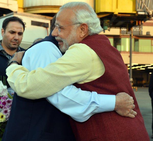 photos: PM Modi in pakistan, historical visit