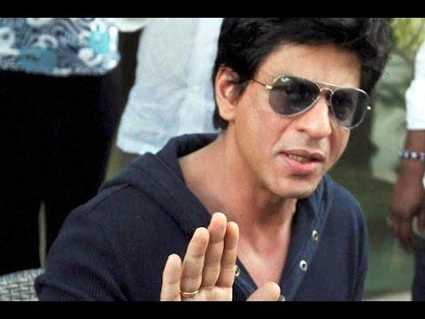 Year ender: Shah Rukh Khan Fan asks Question