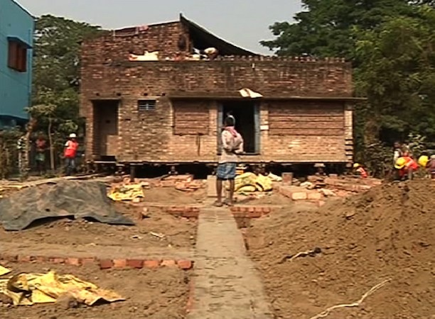 house shifted in the west bengal