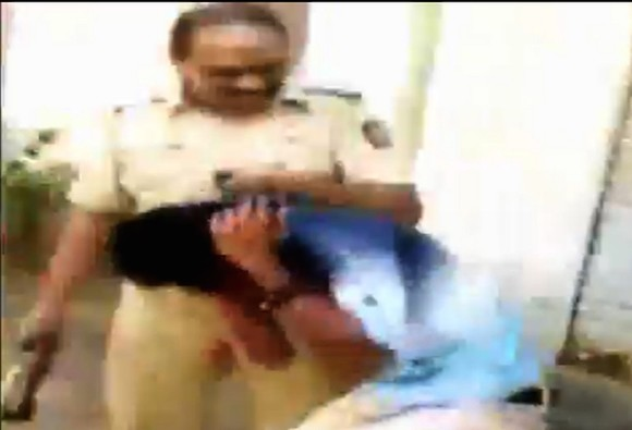 Mumbai cop thrashes youth, abuses his female friend; video goes viral