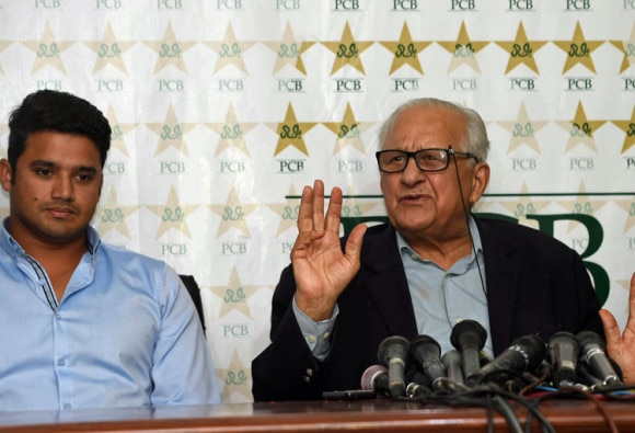 PCB rejects Azhar Ali resignation over Mohammad Amir