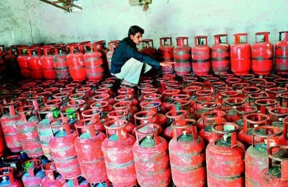 LPG Price will be increase 4 rupees per month due to subcidy cancellation