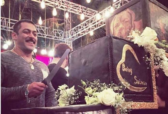 Here's how much Salman Khan's 50th birthday cake costs!