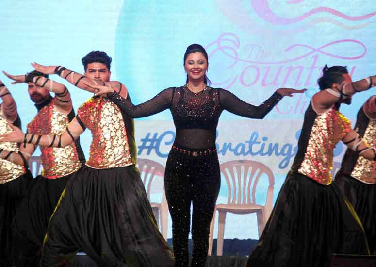 Daisy Shah performs at The Country Club