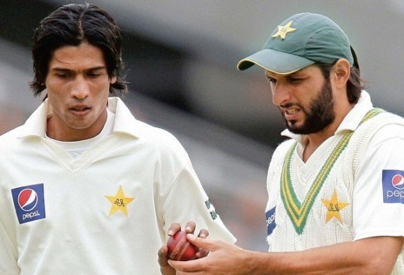 Afridi 'happy' to have Amir back in team