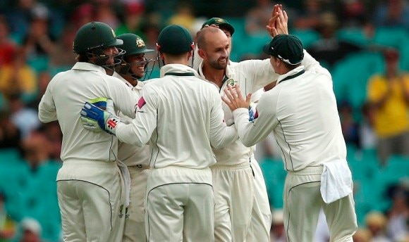 Brathwaite leads West Indies fight, but Australia on top