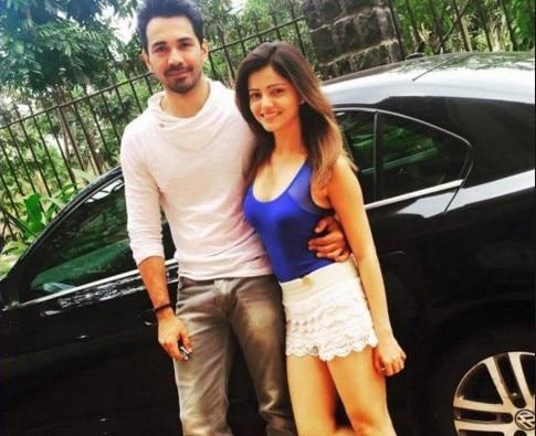 'Choti Bahu' Rubina Dilaik Dating Actor Abhinav Shukla!